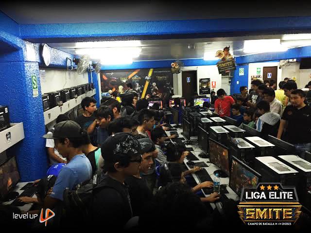 Foto Liga Elite Level Up 01