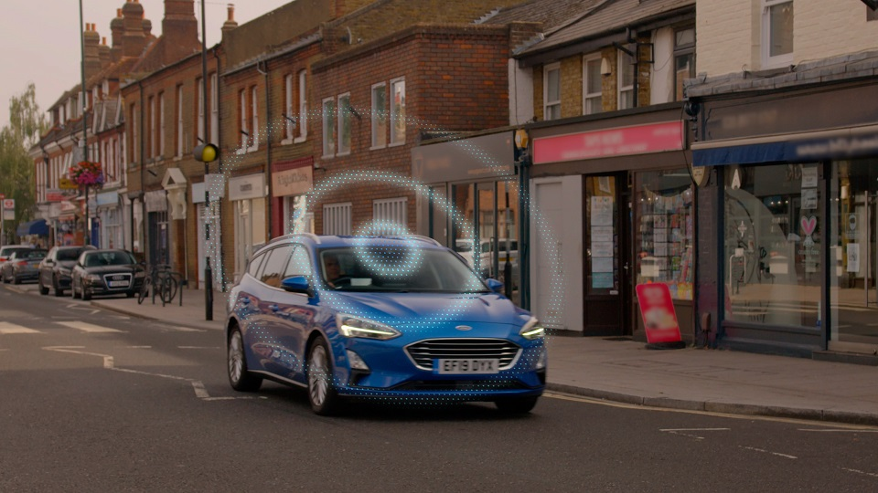 Ford 'RoadSafe' Dashboard Aims to Help Drivers Steer Clear o