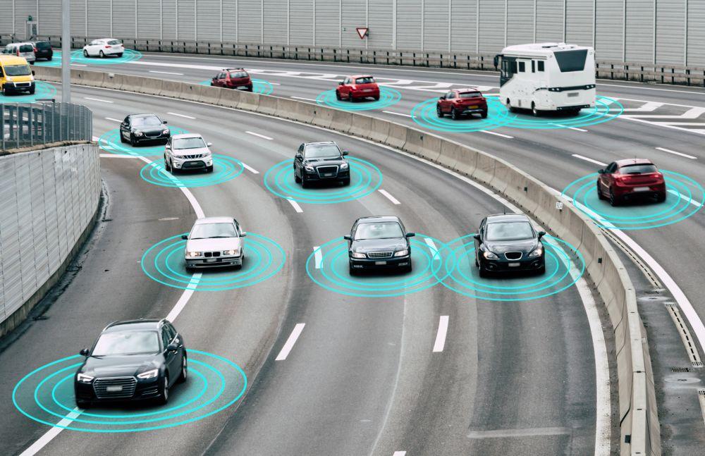 """Automóviles """"ven a la vuelta de la esquina"""" con Edge Computing y Cloud"""