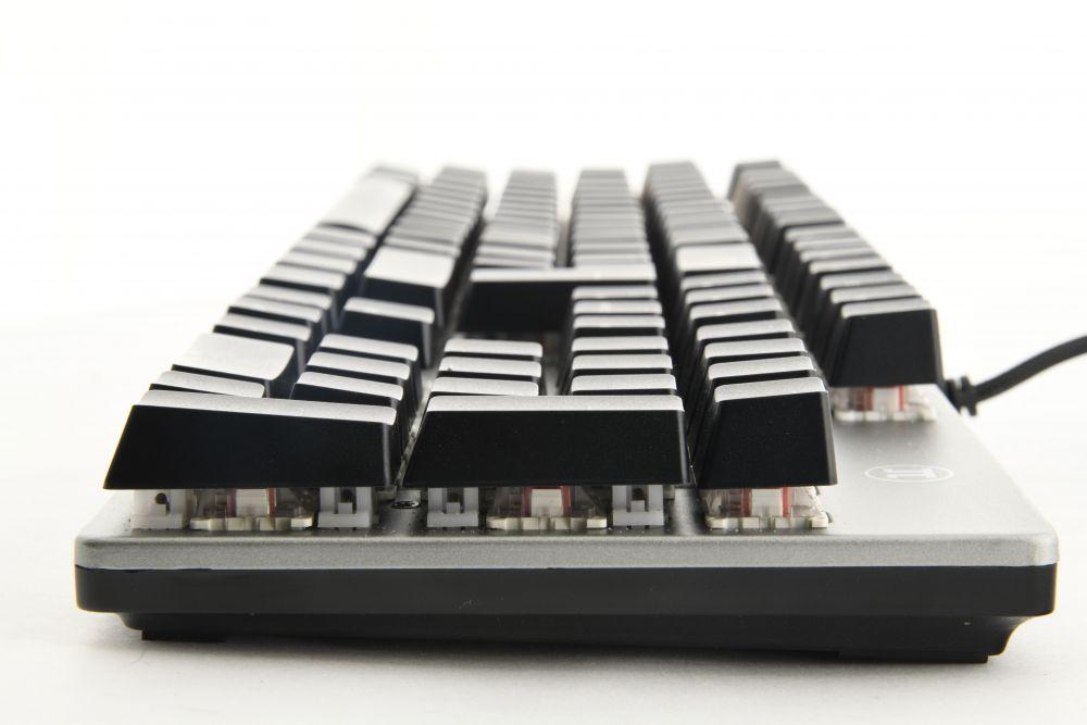 Imagen diagonal de teclado mecánico Primus