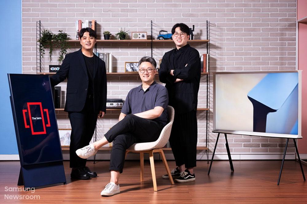 ▲ (Desde la izquierda) Kyuseong Lee, Kang-il Chung y Sunwoo Kim, Planificadores de Productos de TV de Estilo de Vida de los Negocios de Pantallas Visuales de Samsung Electronics