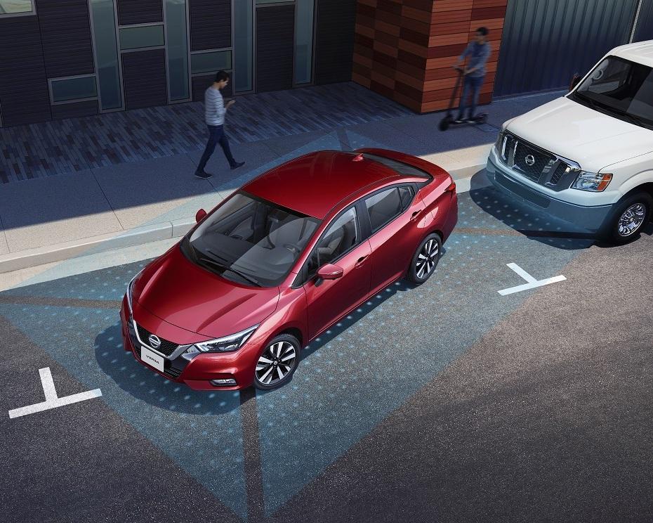 Nissan Versa_3