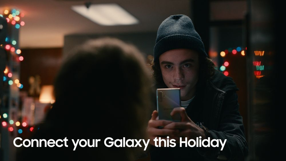 https://img.global.news.samsung.com/latin/wp-content/uploads/2019/11/Samsung-Joins-Forces-with-Star-Wars%E2%84%A2-for-Holiday-Collaboration_Film-1-1024x576.jpg