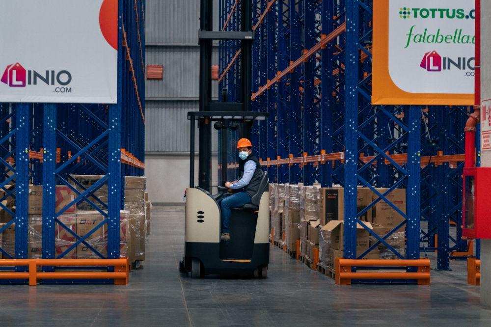 Falabella.com inaugura nuevo centro logístico que impulsará el crecimiento de pequeñas y grandes empresas peruanas