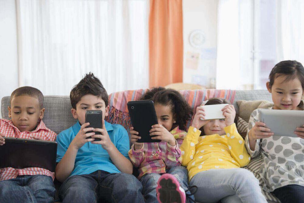 niños-celular-1-1
